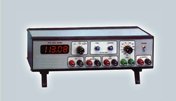 Mains Operated Calibrator with indication PC-UC-45-M